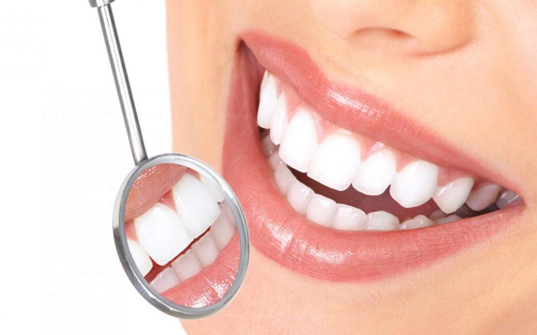 Estética Dental: ¿en qué consiste y qué tratamientos abarca?